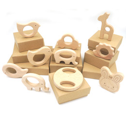 Wholesale set of pc organic beech wood car giraffe bird round disk wooden animal teethers wood teething holder nursing baby gift EA61