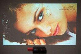 2015 NOUVEAU! HD DLP DL-S30 Projecteur de cinéma maison pour jeux vidéo TV Movie Phone Games bureau à partir de nouveaux jeux vidéo fournisseurs
