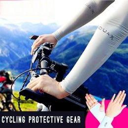 Wholesale In the summer of Let s Slim UV drive cuff cycling gloves AQUA silk tee white men and women