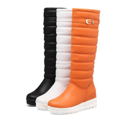 Wholesale Comfortable Women Winter Snow Boots Short Plush Height Increased Long Knee Boots with Buckle Sweet Warm Women Shoes Size