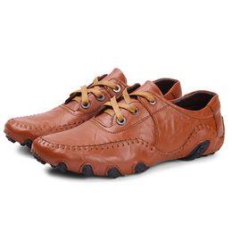 Descuento los hombres hechos a mano de los zapatos oxford Hombres hechos a mano los hombres Oxfords del cuero genuino del 100%, zapatos ocasionales del negocio del tamaño grande, marca de fábrica, zapatos de vestido de los hombres Y315