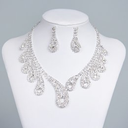 Wholesale 15042 Crystal Bridal Jewelry Wedding Bridal Rhinestone Accessories Necklace and Earring Ear Stud Style Sets Silver Plated New Without Tags