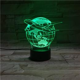 Promotion l'action de guerre Star Wars 7 Superhero illusion visuelle colorée changeant lampe LED Darth Vader Millennium Falcon jouet 3D lumière action figure plastique base