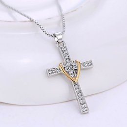 Wholesale Hot Europe and America personalized fashion Men s Necklace Rhinestone Cross My Heart Pendant Necklace