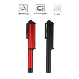 Nuevo mini la linterna LED de iluminación tienda de campaña luz de la lámpara de adsorción magnética giratoria 180 grados clip de batería AAA caja al por menor de la alta calidad desde altos tiendas de campaña fabricantes