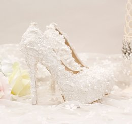 The new pure white lace short with lace wedding shoes comfortable shoes dress shoes wedding 14 mm Heel height cheap