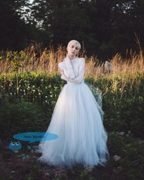 Ivory Ball Grown Long Length Tutu Tulle Skirts Wedding Bridesmaid Skirt t Women Elegant Photo Shot Skirt Girl Prom Skirt Evening Party Skirt