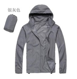 Wholesale Spring and summer outdoor men and women ultra thin UV sunscreen skin coat rain jacket fishing clothes Sugan