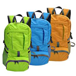 Nouveau sac à dos pliable imperméable à l'eau Camping randonnée sac de sport sac à dos sac à provisions Outdoor 24L pour hommes / femmes orange / vert / bleu supplier blue sport outdoor packs à partir de le sport bleu paquets de plein air fournisseurs