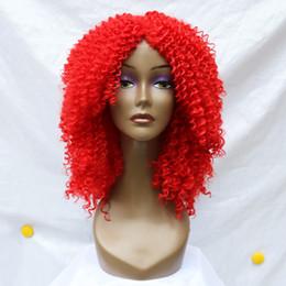 Hot Sale Celebrity Rihanna Rojo Kinky Peluca Rizado Cinturón Sintético Corto Rojo Kinky Curl pelucas de pelo suave para la Mujer Negro desde cortes de pelo rizado corto para las mujeres fabricantes