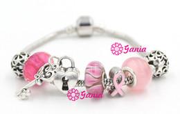 2017 ruban rose sein Nouvelle arrivée de sensibilisation au cancer du sein Bijoux Pink Ribbon, Bracelet clé amour Coeur de verrouillage Murano européenne Glass Bead Pink Ribbon ruban rose sein sortie
