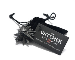 Wholesale 2016 the Witcher Pendant The Wild Hunt Figure Game Necklace Wizard Medallion Wolf chain Necklace