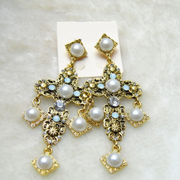 Wholesale Antique Women Baroque Renaissance Cross Themed Earrings Pearls Drop Filigree Gold Drop Dangle Earrings Medieval Wedding Jewelry