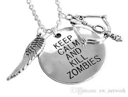 Wholesale JZ New Arrival American Tv Series Walking Dead Daryl Crossbow Wing Charm Pendant Necklace Keep Calm Kill Zombies for Unisex