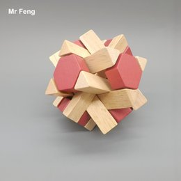 Eight Corner Classical Intellectual Toy 3D Magnetic Wooden Kong Ming Lock
