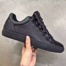 Wholesale Fashion Men Arena Sneakers Shoes Luxuries Wrinkled Black Full Grain Leather Balaga Arena Men s Flat Walking Hip Hop Party Shoes