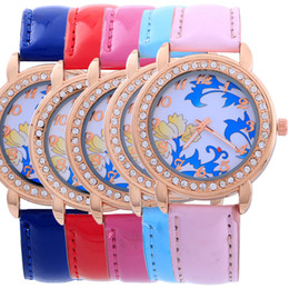 National Wind Fashion Woman Watch Band Leather Flower Print Dial Casual Watch for Woman Quartz Analog Dress Watch