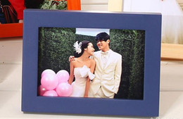 Wholesale Wood photo frame A4 inch fashion solid wood picture frame size can be customized