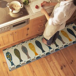 Wholesale Modern Coral Velvet Kitchen Mat Breathable Water Absorbent Anti Silp Ware Fish Kitchen Carpet High Quality