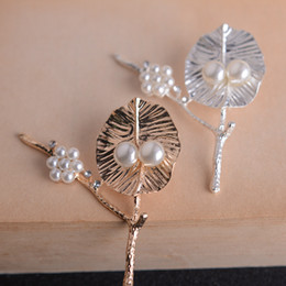 Trees with branches brooch Pearl brooch branch Female coat sweater jewelry accessories pin Coat Corsage Accessories