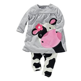 Wholesale Hot Sale winter baby girl clothes casual long sleeved T shirt Pants suit Tracksuit the cow suit of the girls clothes bebe clothing set