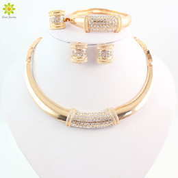 Women Wedding Necklace Bracelet Earrings Ring Set New Trendy African Jewelry Sets Charming Rhinestone Fashion Jewelry Set