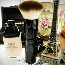 Wholesale Makeup Brushes Professional for Foundation Smooth Operator Eco Chic Makeup Tool Metal Bamboo Handle Achieve a Natural Looking