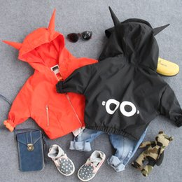 Wholesale Hug Me Boys Jacket Christmas Kids Clothing Autumn Korean Little Devil Bat Sleeve Coat Fashion Cute Boys Outwear with Corners ER