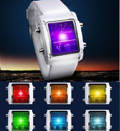 2017 mens multi fonction Nouveaux montres pour hommes montres Luminous double affichage montres LED montres numériques pour les femmes Mens lumières colorées de retour Montres-bracelets multifonctions mens multi fonction à vendre