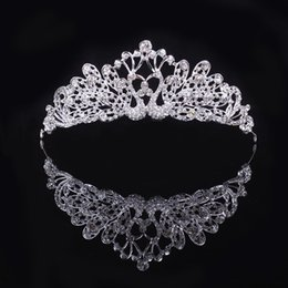 2016 Fashion Women Crowns Top Quality White Crystal Bridal Tiara Hair Jewelry Clearance New Wedding Accessories