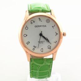 Free shipping!Gold plate alloy round case,black hands,quartz movement,PVC leather band,Gerryda fashion unisex leather quartz watches,735