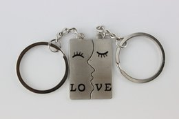 Wholesale 200pcs One sided lover key chain Valentine s Day kiss shap small gift key ring wedding shop advertising promotion souvenir keychain