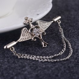 Men brooch brooch badge Korea angel wings suit upscale chain pin buckle collar pin female retro badge