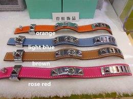 Wholesale Fashion brand leather bracelet Punk style stainless chunk bangle multicolor ring circle rivet pyramid leather bracelets