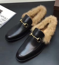 Wholesale 2016 winter mens black Genuine Leather luxury gold buckle Loafers Natural Rabbit fur lining warm Mules Moccasin slippers driver shoes