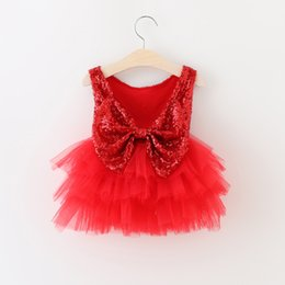 Wholesale Hug Me Baby Girls Red Dress Feat Christmas Lace Tutu Autumn Winter Tassels Dresses Childrens Sleeveless Kids Clothing Vest Dress AA