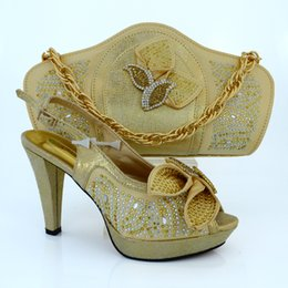 Wholesale Gold Beautiful Fashion africa Marry shoe italian shoes matching bag set with of sequins for wedding MM1015