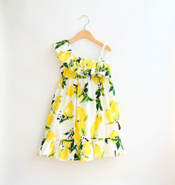 Summer Girl citron fraise Sling robe enfants Cartoon Imprimer veste sans manches citron robes de princesse de la feuille Sweetgirl B001 sling dress princess on sale à partir de robe princesse fronde fournisseurs