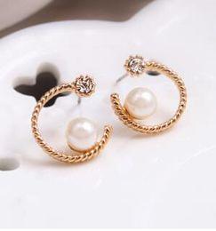 2016 new fashion heart-shaped half-moon earrings pearl earrings