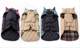 Wholesale British style of pet clothes fall and winter Grid dog jacket Waterproof golden retriever big dog clothes