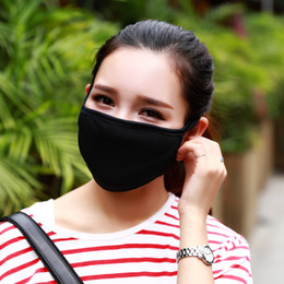 Wholesale 50pcs Anti Dust Cotton Mouth Face Mask Unisex Man Woman Cycling Wearing Black Fashion High quality