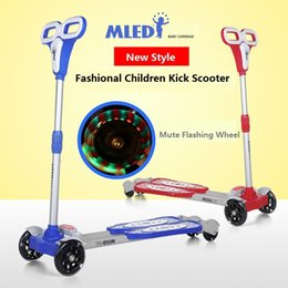 Wholesale children scooter kid scooter flash wheels baby carriage height adjustable baby slippery car Foot Scooter Liftable Kick Scooter