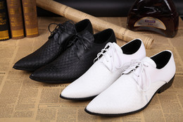 2016 White Groom Wedding Shoes Oxford Classic Italian Mens Leather Shoes Wedding Men Shoes White Hommes Italine US Size 10.5
