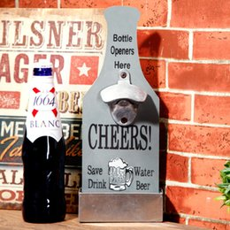 Wholesale American Country Creative Retro Beer Shaped Wall Bottle Opener Vintage Wall Mounted Wood Plaque Bottle Openers Cap Catcher DH015