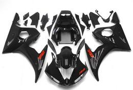 Compra Online Venta caliente de la motocicleta-Los nuevos kits calientes del carenado de la motocicleta del ABS de la motocicleta de la venta el 100% caben para YAMAHA YZF-R6 03-05 YZF600 2003 2004 2005 03 04 05 YZF R6 agradable negro brillante