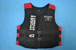 Wholesale Best quality adult life jackets life saving NEOPRENE bear the weight of kg fishing vest