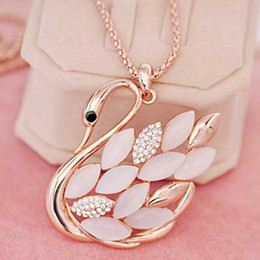 Wholesale And Retail Women Swan Long Necklace Fashion Women Crystal Sweater Necklace Jewelry Factory And Retail