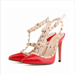 Wholesale Women Fashion Sexy Personality Hollow Rivets Stitching Fine with High heeled Shoes Wedding tip toe heels shoes