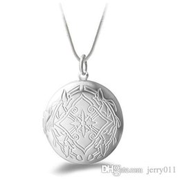 2016 Hot Women's Fashion Silver Plated Carving Locket Pendant Chain Necklace Jewelry With photo
