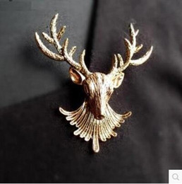 Wholesale Mary Kay Brooches New Arrival Retro Long horned Deer Corsage Vintage Elk Head Scarf Buckle Brooch Pin Jewelry